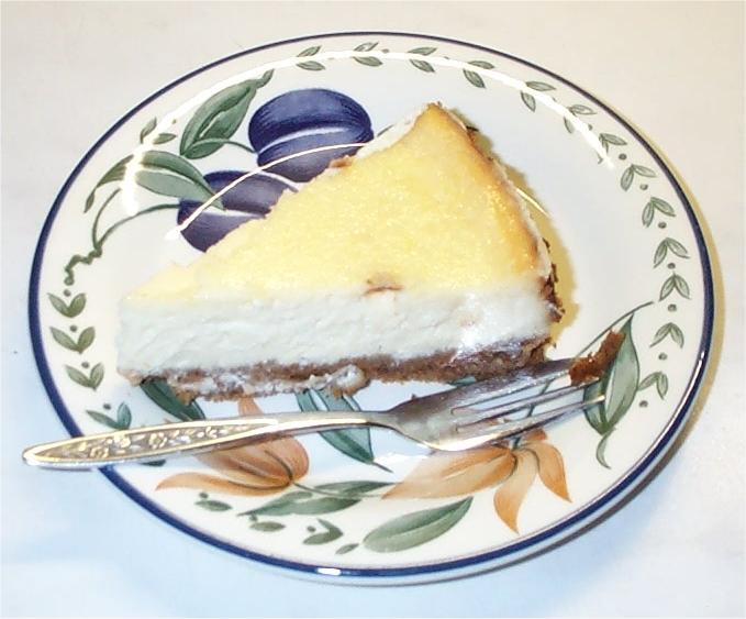 lemoncheesecake-slice.jpg