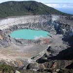 poas_cratere