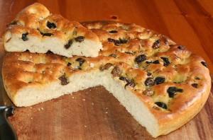 focaccia-aux-herbes-et-olives1