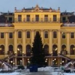 Combien de pièces compte le château de Schönbrunn ?