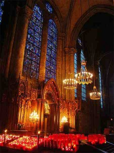 Cathedrale-Chartres-interieur
