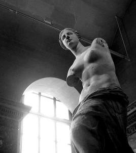Venus_de_Milo-Louvre