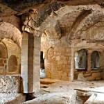 Abbaye-troglodytique-de-Saint-Roman