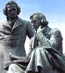 statue_des_freres-Grimm-Hanau