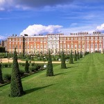 chateau_Hampton-Court-henri_VIII