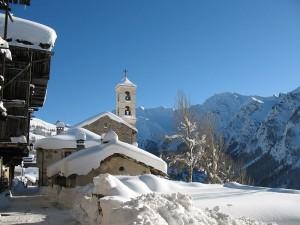 Saint-Véran-ski-et-soleil-Queyras