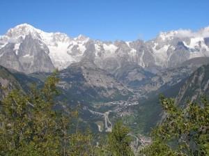 station_ski_courmayeur-aoste-italie