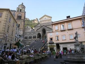 Amalfi_Piazza_del_Duomo_Campanie